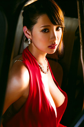 Busty Asian Beauty Rion