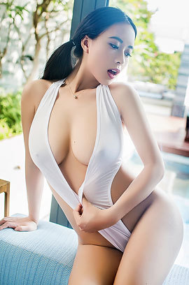 Busty Asian Dream Babe By Mirror